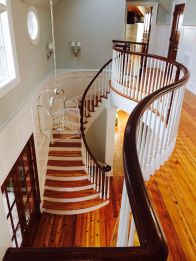 Brightleaf Curved Staircase 28